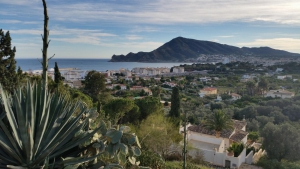 3 plots with panoramic sea views in Altea